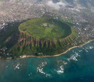 Honolulu-Hawaii-91944f7737d34cfab1abc5b9778af703_c